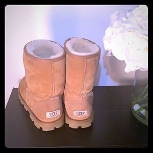 UGGs Beige Womens boots